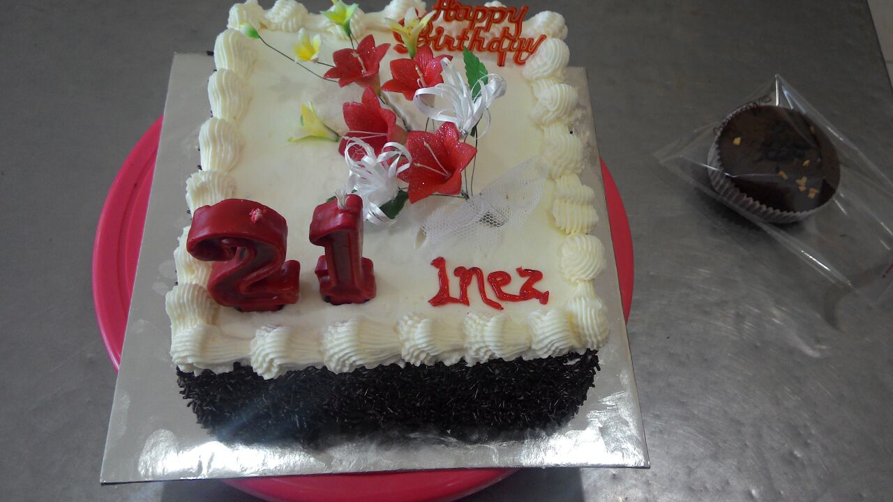 Simple birthday tart