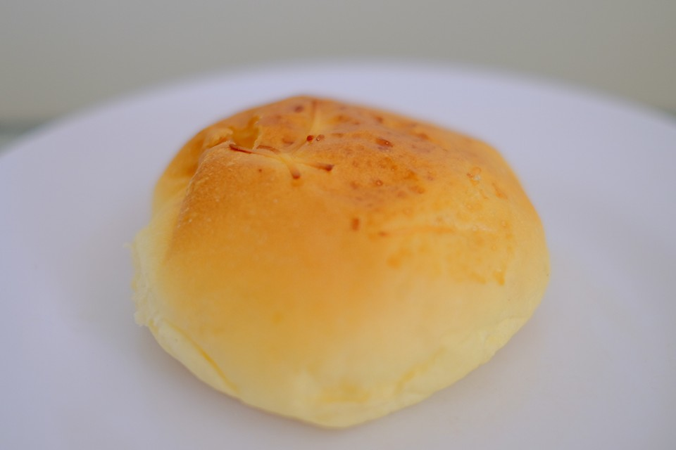 Roti Keju Parut